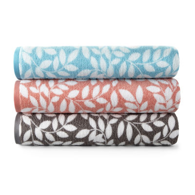 JCPenney Home Mix And Match Leaf Bath Towel