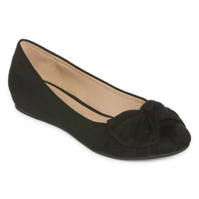 Andrew Geller Philana Womens Slip-On Shoes