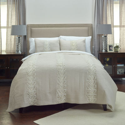 Rizzy Home Adela Quilt