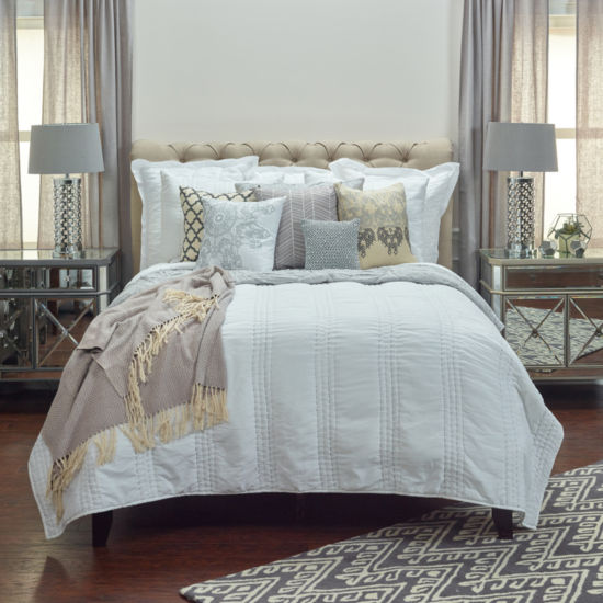 Rizzy Home London Quilt