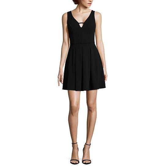 City Triangle Sleeveless Midi Party Dress-Juniors