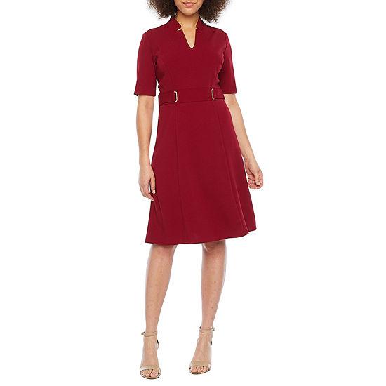 Chelsea Rose Short Sleeve Midi Fit & Flare Dress