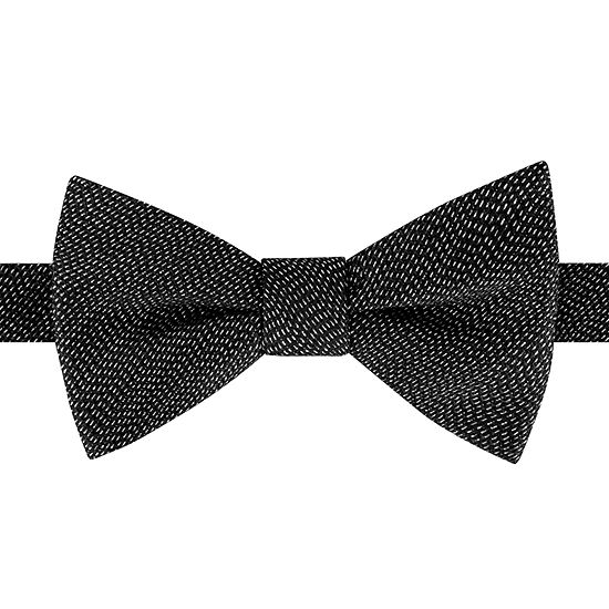 Stafford Solid Pretied Bow Tie