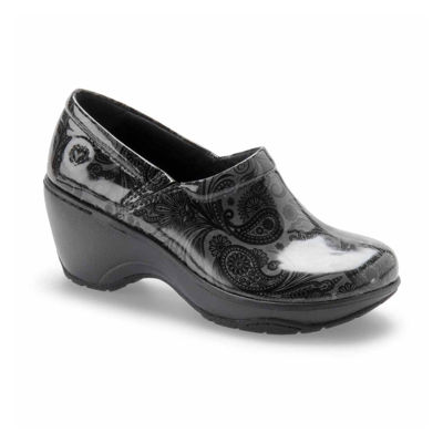 Nurse Mates Womens Bryar Slip-On Shoe