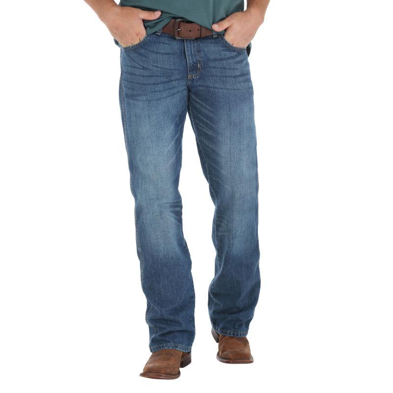 Wrangler Mens Retro Relaxed Fit Boot Cut Jean, True Blue, 36X30