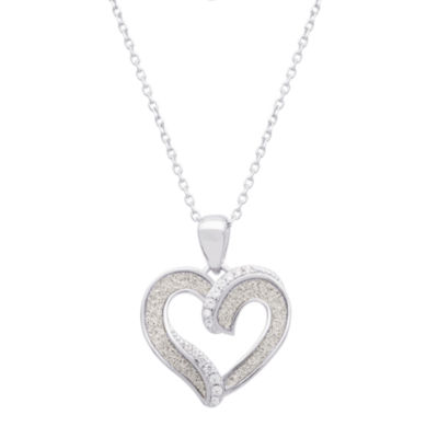 Diamonart Womens White Cubic Zirconia Sterling Silver Heart Pendant Necklace