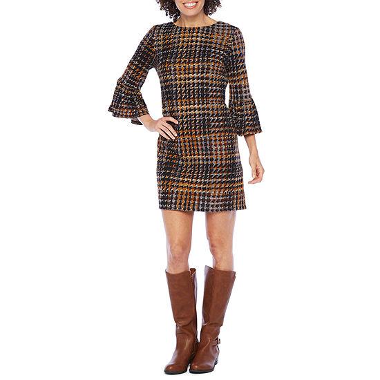 London Style 3/4 Bell Sleeve Shift Dress