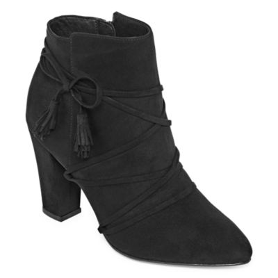 Groove Mallory Womens Bootie