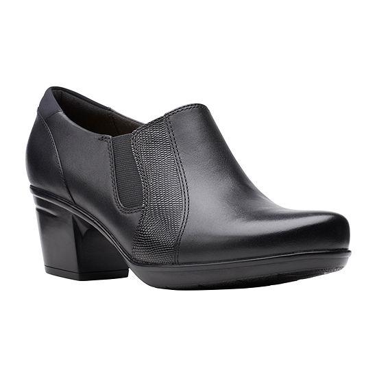 Clarks Womens Emslie Chelsea Slip-On Shoe