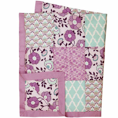 The Peanut Shell Crib Zoe Patchwork Cotton Quilt