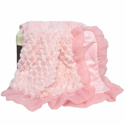 the Peanut Shell Arianna Plush Blanket