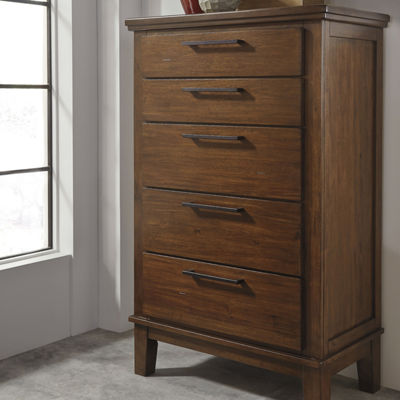Signature Design by Ashley® Ralene 5-Drawer Chest