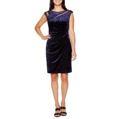 Scarlett Sleeveless Velvet Shift Dress