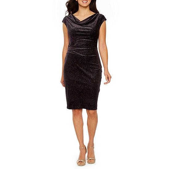 Jessica Howard Short Sleeve Velvet Sheath Dress