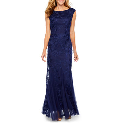 Onyx Sleeveless Embroidered Lace Evening Gown