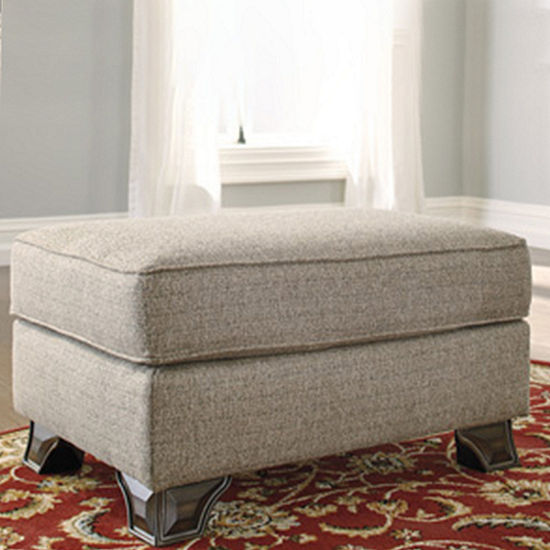 Signature Design By Ashley Benchcraft Claremorris Ottoman