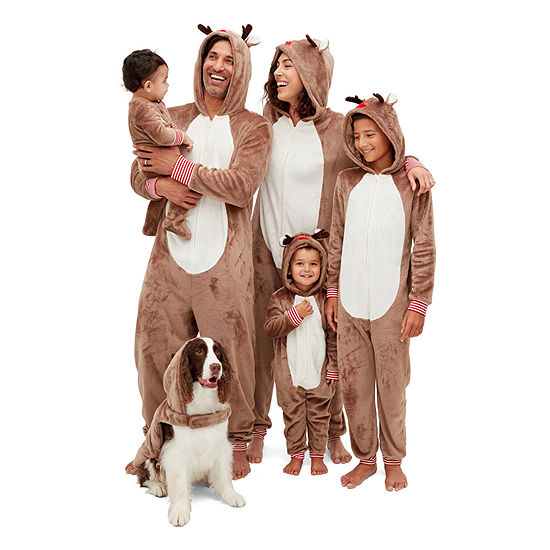 North Pole Trading Co. Reindeer Family Pajamas
