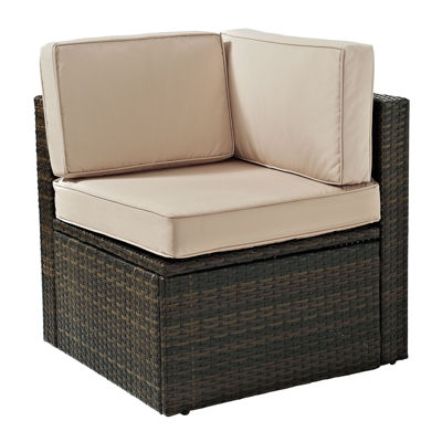 Palm Harbor Wicker Corner Chair With Cushions