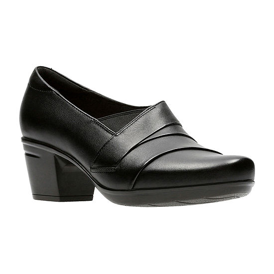 Clarks Womens Emslie Warbler Slip-On Shoe