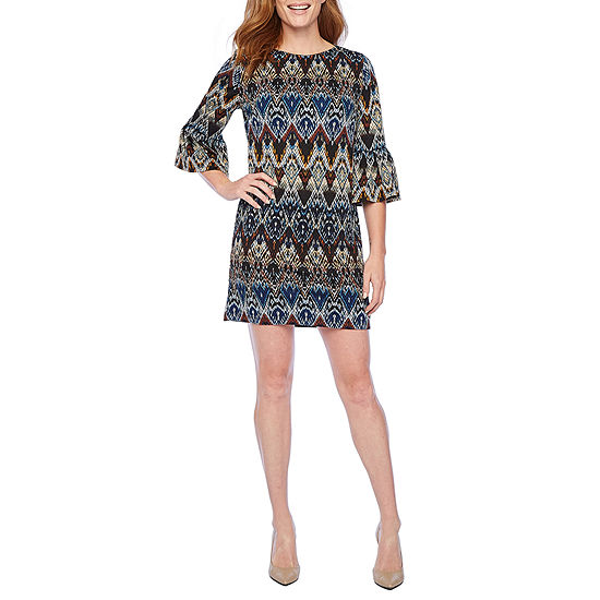London Style 3/4 Bell Sleeve Chevron Shift Dress