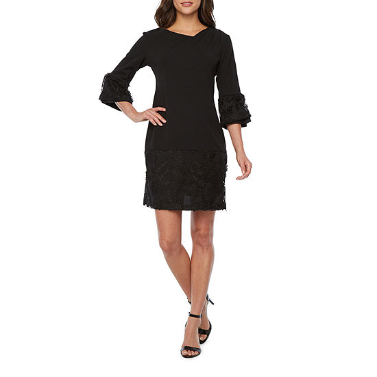 Robbie Bee-Petite 3/4 Sleeve Embroidered Shift Dress