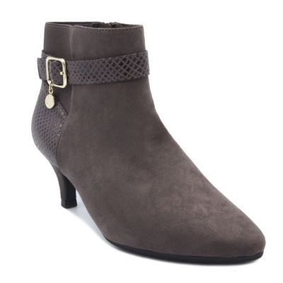 Gloria Vanderbilt Womens Hawn W Dress Boots Flat Heel Zip Wide