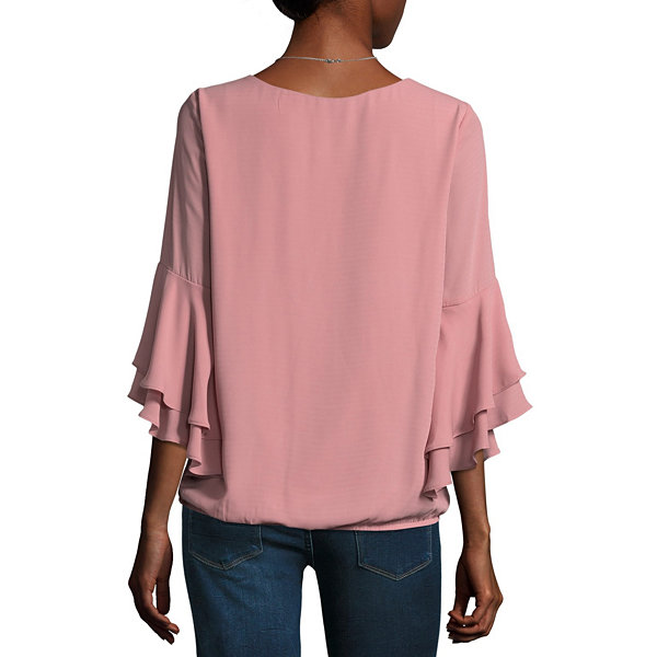 Alyx 3/4 Sleeve Round Neck Crepe Ruffled Blouse