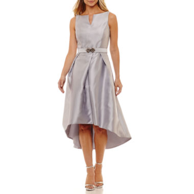 Be by CHETTA B Sleeveless Belted Evening Gown