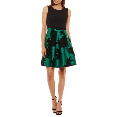 Scarlett Sleeveless Fit & Flare Dress-Petite