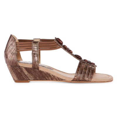 New York Transit Text Me Womens Wedge Sandals