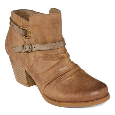 Yuu Womens Regina Stacked Heel Zip Bootie