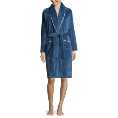 Comfort and Co. Short Embossed Plush Robe