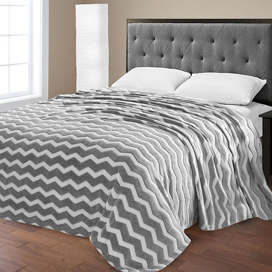 Super Plush Chevron Print Micro Fleece Jacquard Polyester Blanket