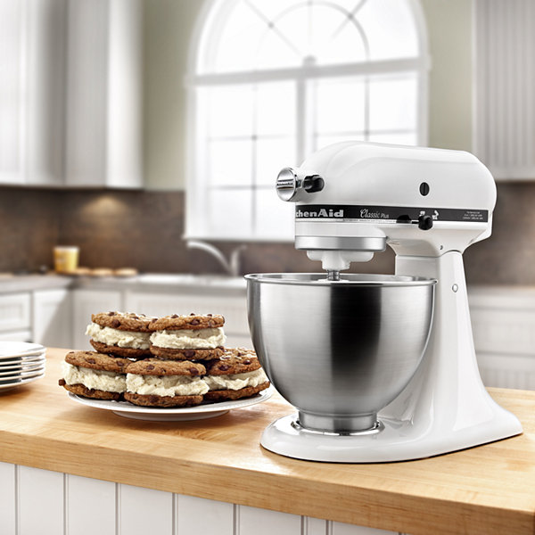 KitchenAid® Classic Plus™ Series 4.5 Quart Tilt-Head Stand Mixer - KSM75