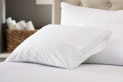 200 Thread Count 100% Cotton Pillow Protectors with Zipper USA Made - 4-Pack