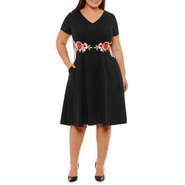Melrose Short Sleeve Embroidered Floral Fit & Flare Dress - Plus