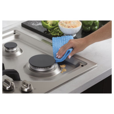 "GE Cafe´™ Series 30"" Built-In Gas Cooktop"