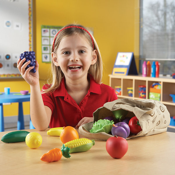Learning Resources New Sprouts® Fresh Picked Fruit & Veggie Tote