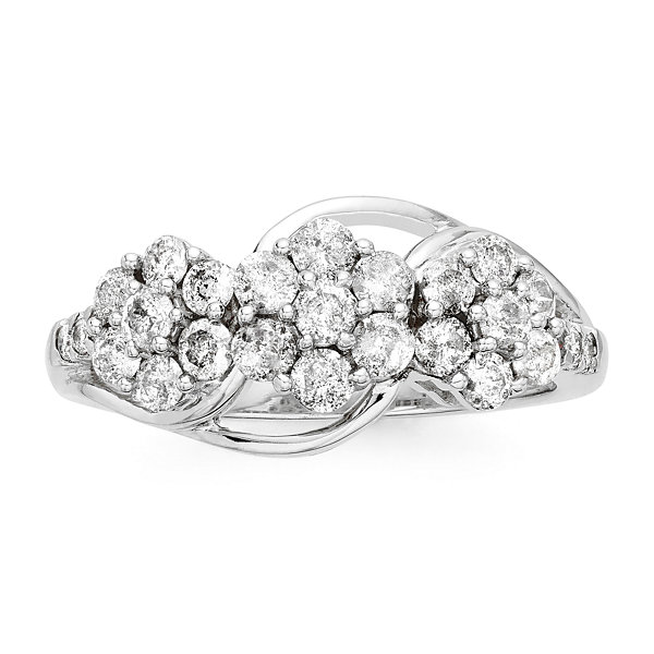 diamond blossom 1 CT. T.W. Diamond 3-blossom Ring