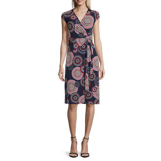 Robbie Bee Short Sleeve Medallion Puff Print Wrap Dress
