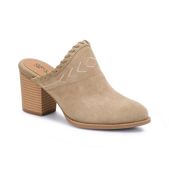 Eurosoft Womens Sandy Pumps Closed Toe Stacked Heel