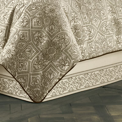Queen Street Mariana 4-pc. Comforter Set