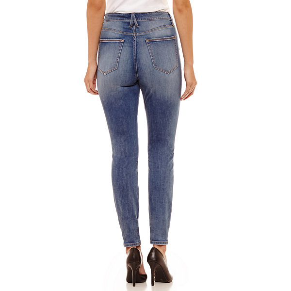 Bold Elements Skinny Fit Jean