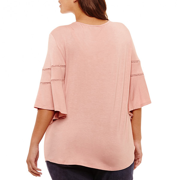 Flutter Sleeve Embroidered Tee - Plus