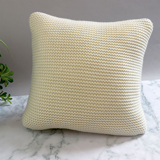 Five Queens Court Leon Square Throw Pillow