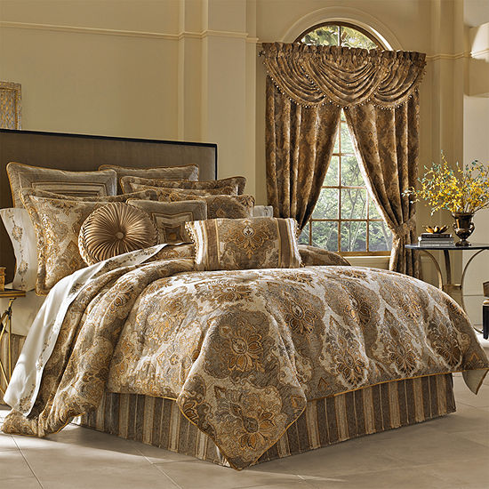 Queen Street Brooke 4-pc. Damask + Scroll Heavyweight Comforter Set