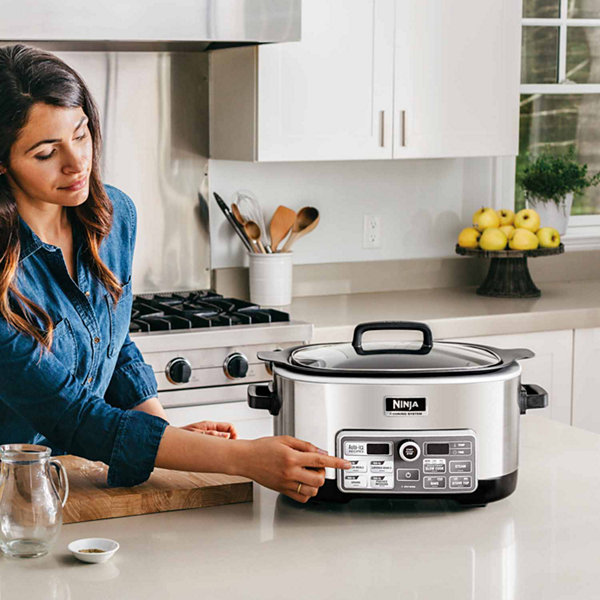 Ninja® 6 Quart Cooking System with Auto-iQ™ (Slow Cooker, Steamer, Bake, Sear/Saute/Brown) CS960