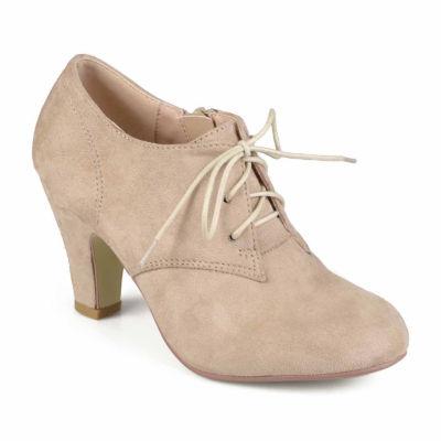 Journee Collection Womens Leona-Wd Bootie Stacked Heel Zip Wide