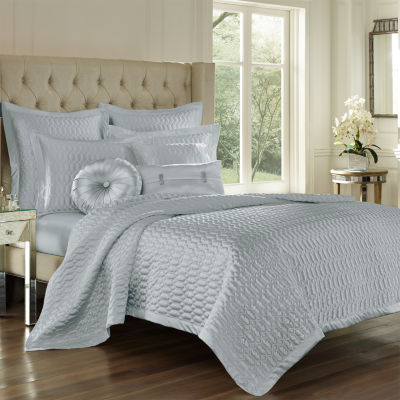 Five Queens Court Saranda Coverlet Set