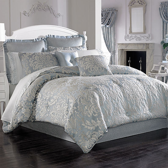 Five Queens Court Faith 4-pc. Damask + Scroll Heavyweight Comforter Set